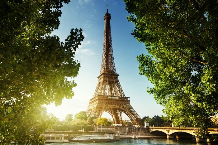 paris-france-eiffel-tour-dusk